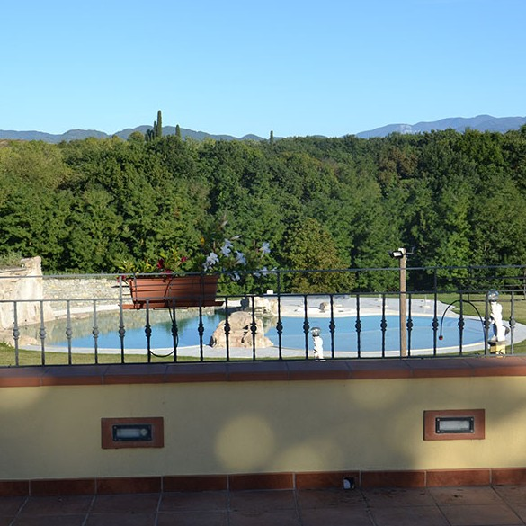 Swimming Pools - Agriturismo Fiorella